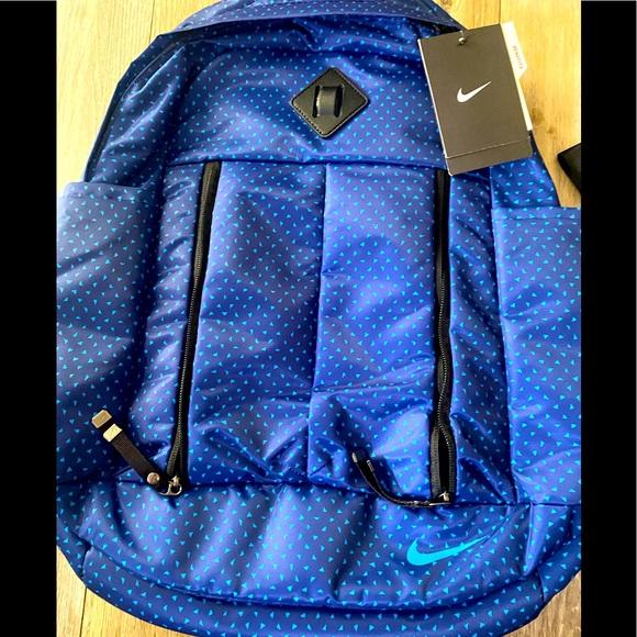 Nike backpack women's Men's Blue nylon-NWT